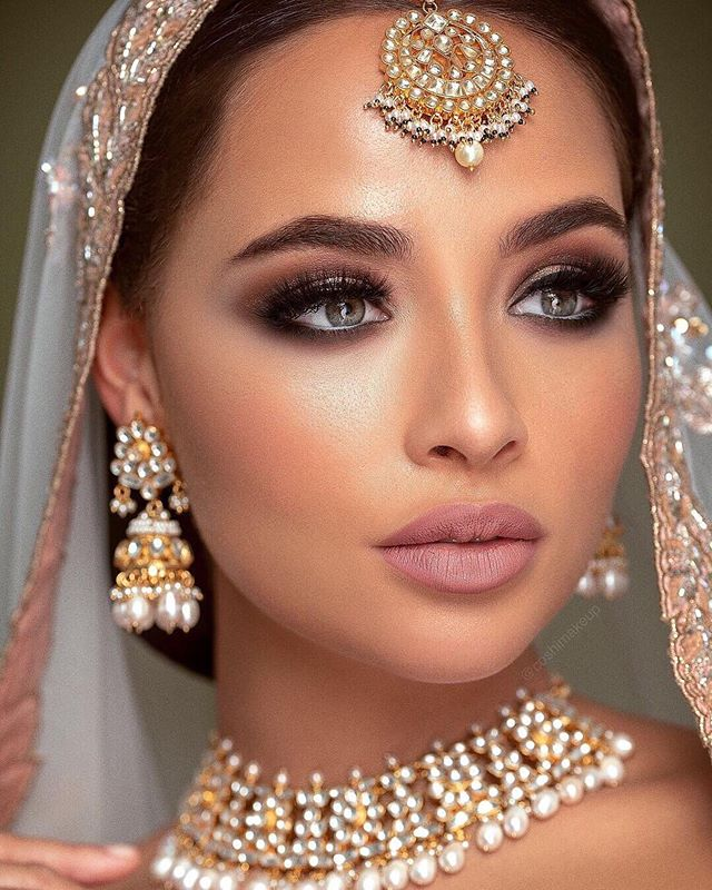 Stunning Bridal Campaign created by @coshimakeup with our very own Heritage Jewels ✨  Call us on +44(0)7931 999111 or Visit our Online Store: www.heritage-jewels.com  Hair & Makeup: @coshimakeup Photography: @omjphotography