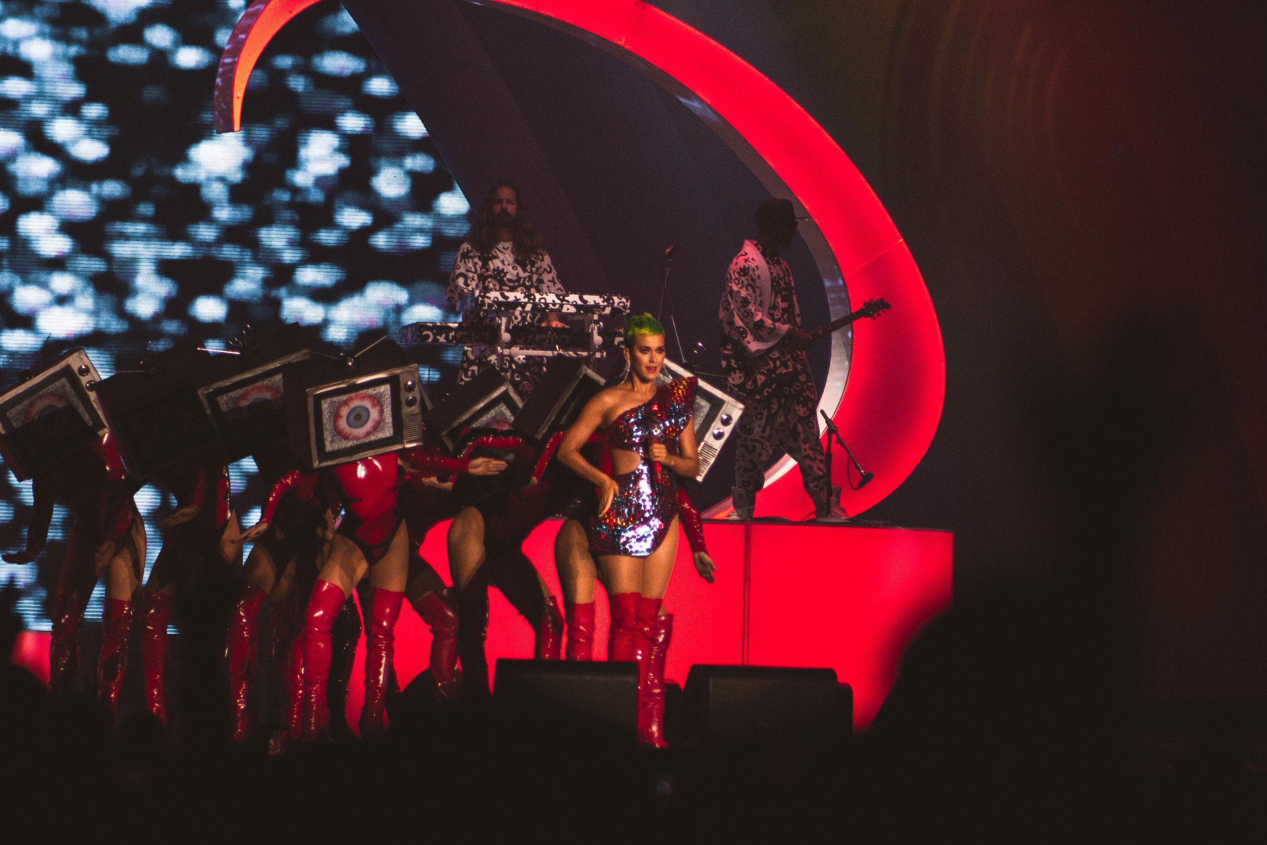Katy Perry _ Erika Garcia-4.jpg