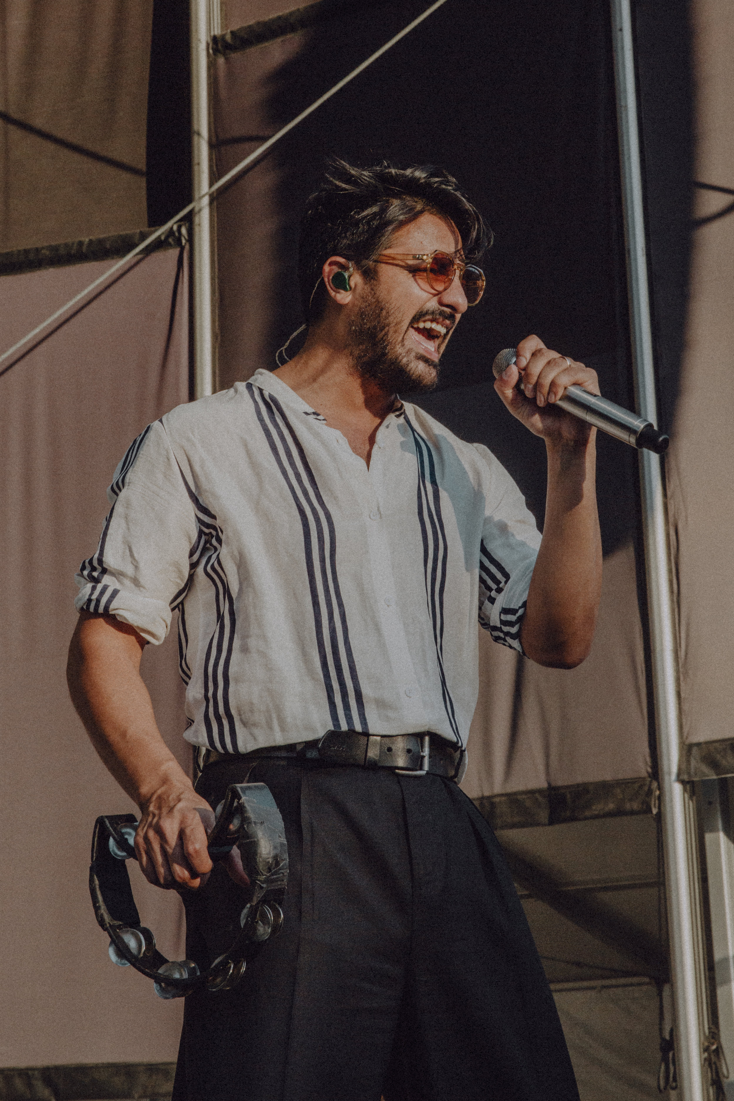 WILLIAMS_YOUNGTHEGIANT-13.jpg