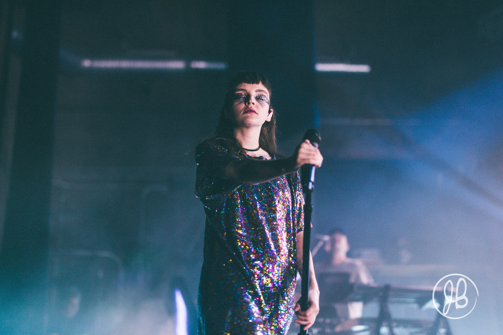 Chvrches-Acentric-5.jpg