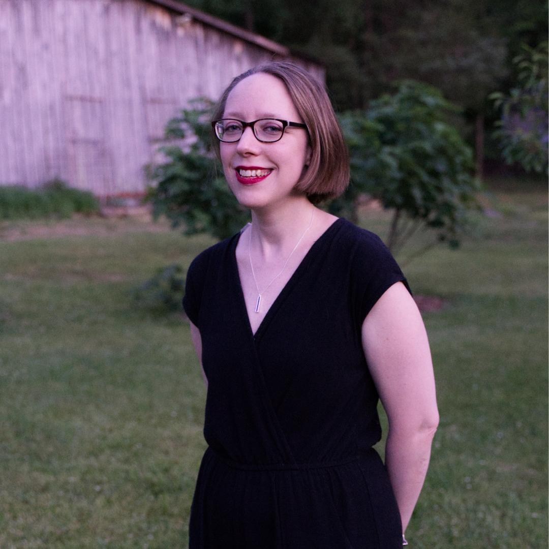 Lynn ROy - Photo EditorView Work