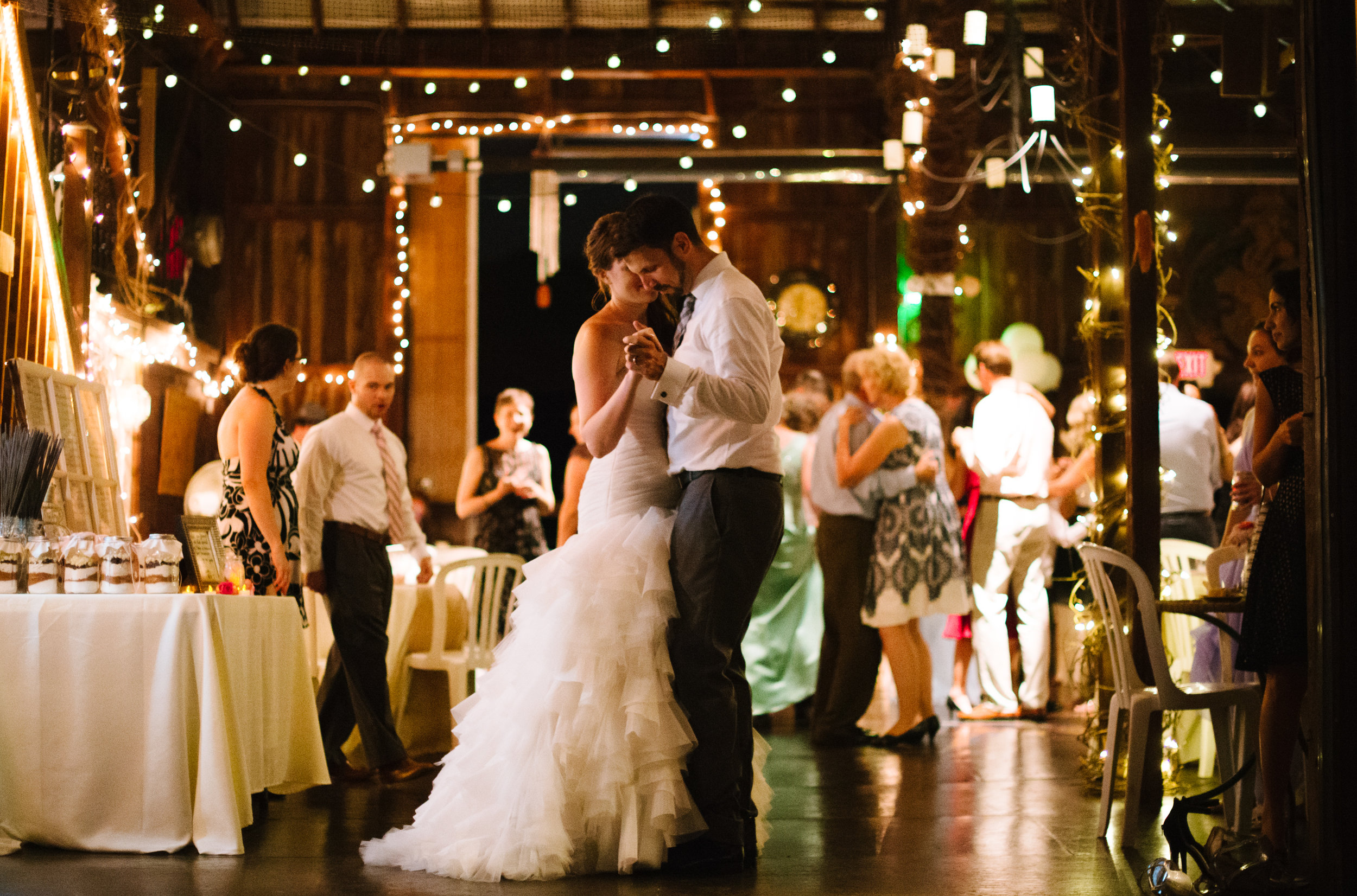 wedding-dance-bride-groom.jpg