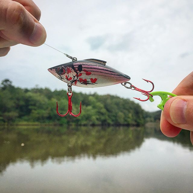 Cinch treble hooks without poking your fingers🚀👍