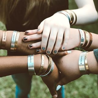 We Support HER Bracelet Company - HER Bracelet Co. are bracelets handmade by the residents of Doors to Freedom