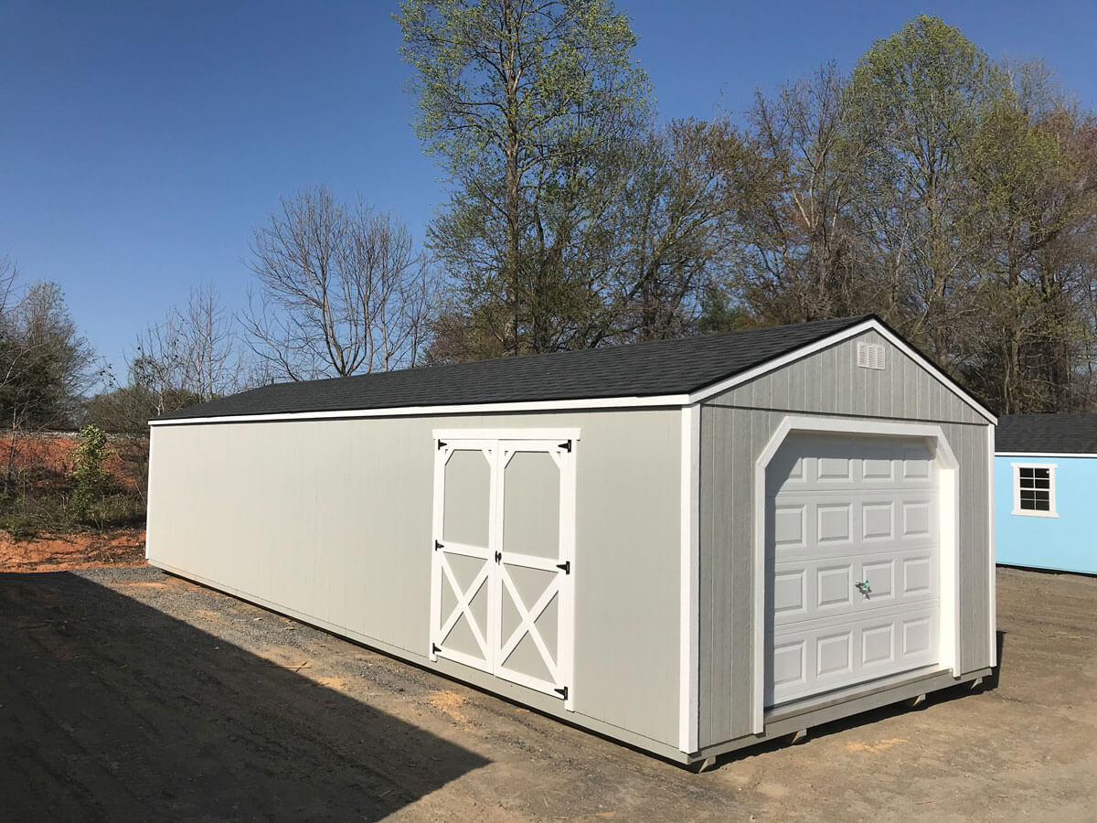 w-painted-utility-garage-203.jpg
