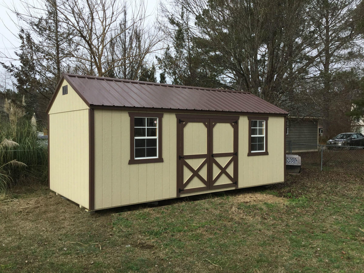 w-painted-utility-shed-with-metal-roof.jpg