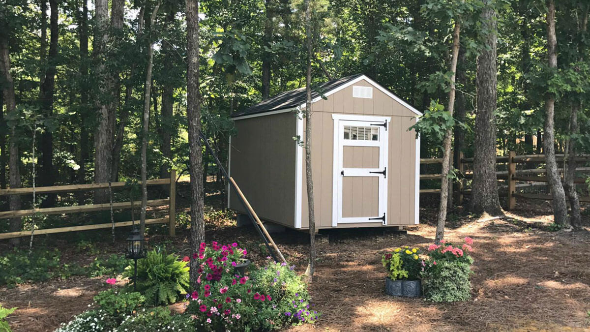 w-painted-utility-shed-with-single-door.jpg