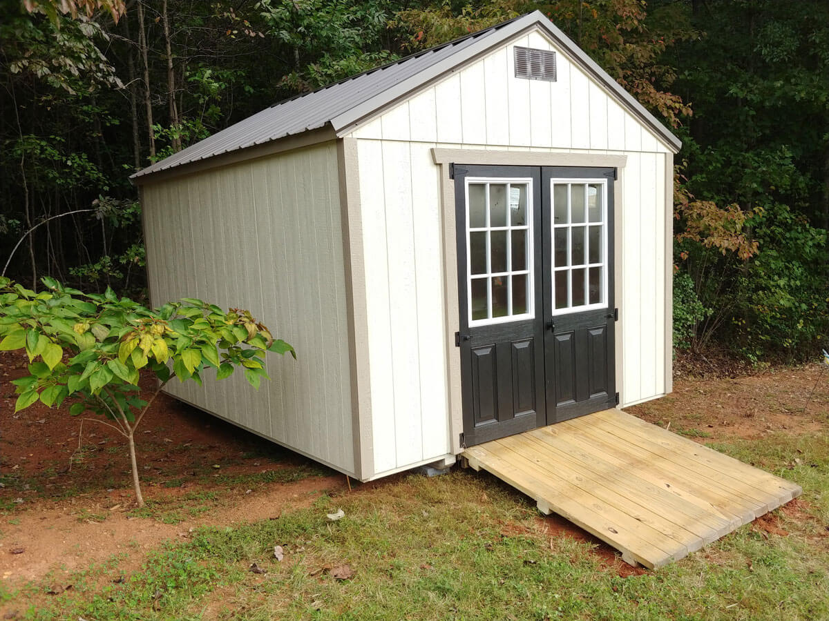 w-painted-shed-with-9-lite-doors.jpg