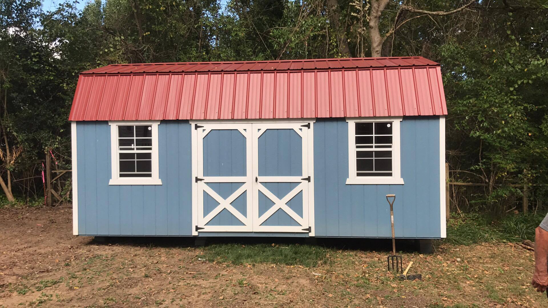 214-painted-lofted-barn-with-red-roof.jpg
