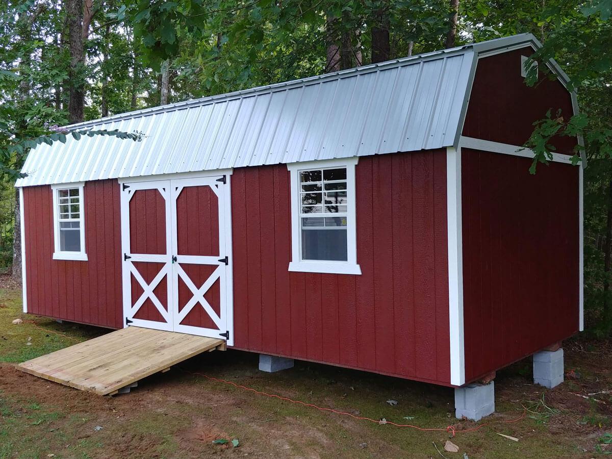 w-red-painted-lofted-barn.jpg