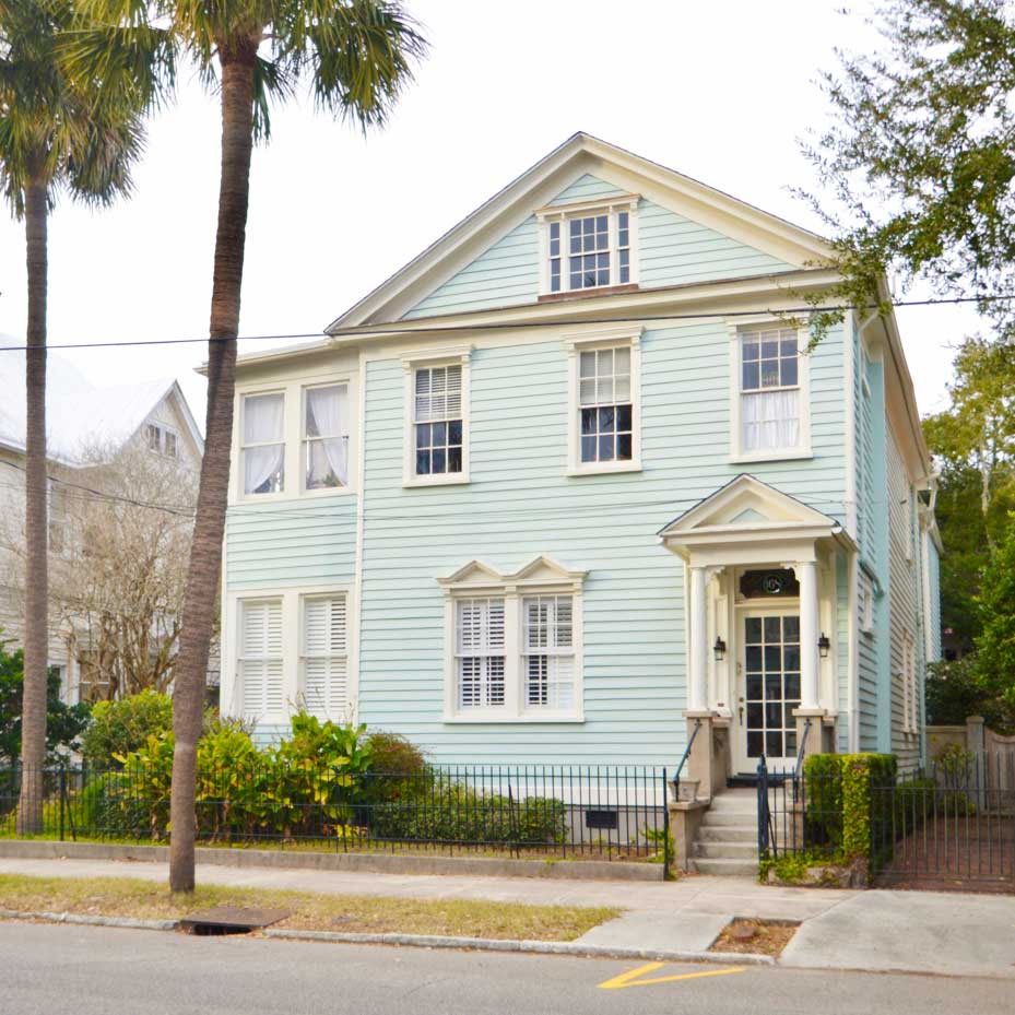 ***   2BD | 2BA | 1900SF   • • •  Conveniently located first floor apartment.  • • •   Unfurnished