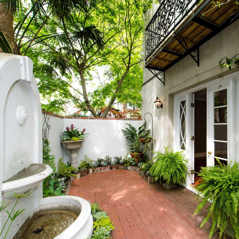 ***   2BD | 2.5BA | 2635SF   • • •  Luxury condominium near White Point Garden.  • • •   Unfurnished
