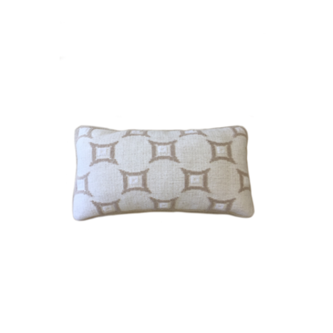 white and cream diamond pillow.png