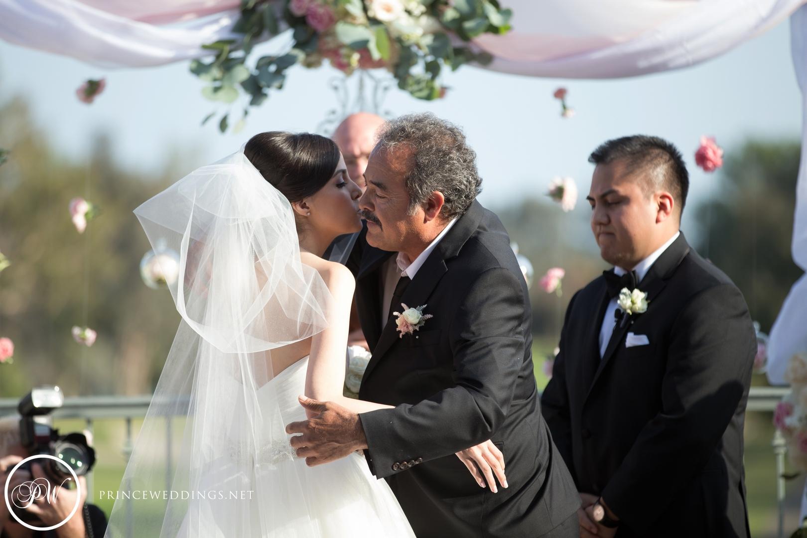 loscoyotes_Wedding_Photos37.jpg