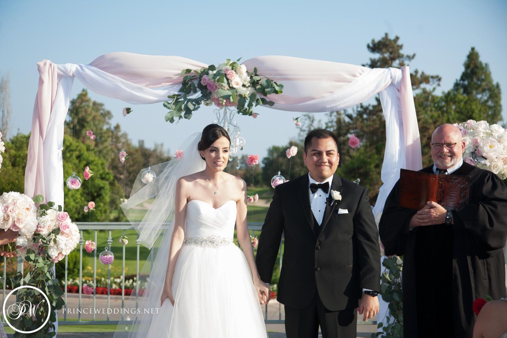 loscoyotes_Wedding_Photos53.jpg