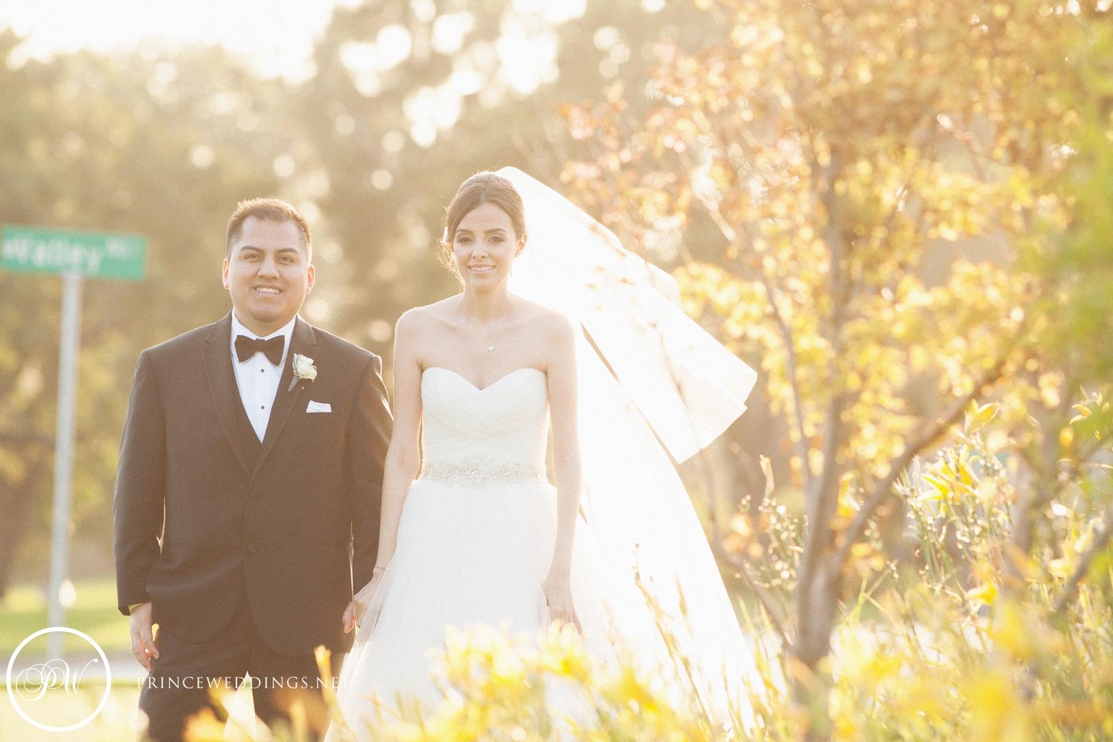 loscoyotes_Wedding_Photos70.jpg