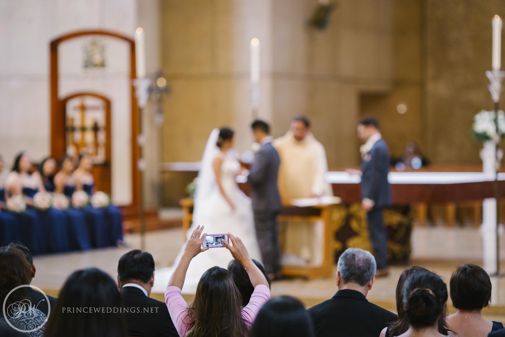 CathedralOf OurLadyOfAngels_OdysseyRestaurantWeddingPhoto_SiriIsmael088.jpg