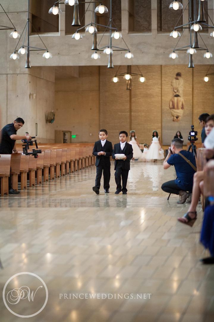 CathedralOf OurLadyOfAngels_OdysseyRestaurantWeddingPhoto_SiriIsmael060.jpg