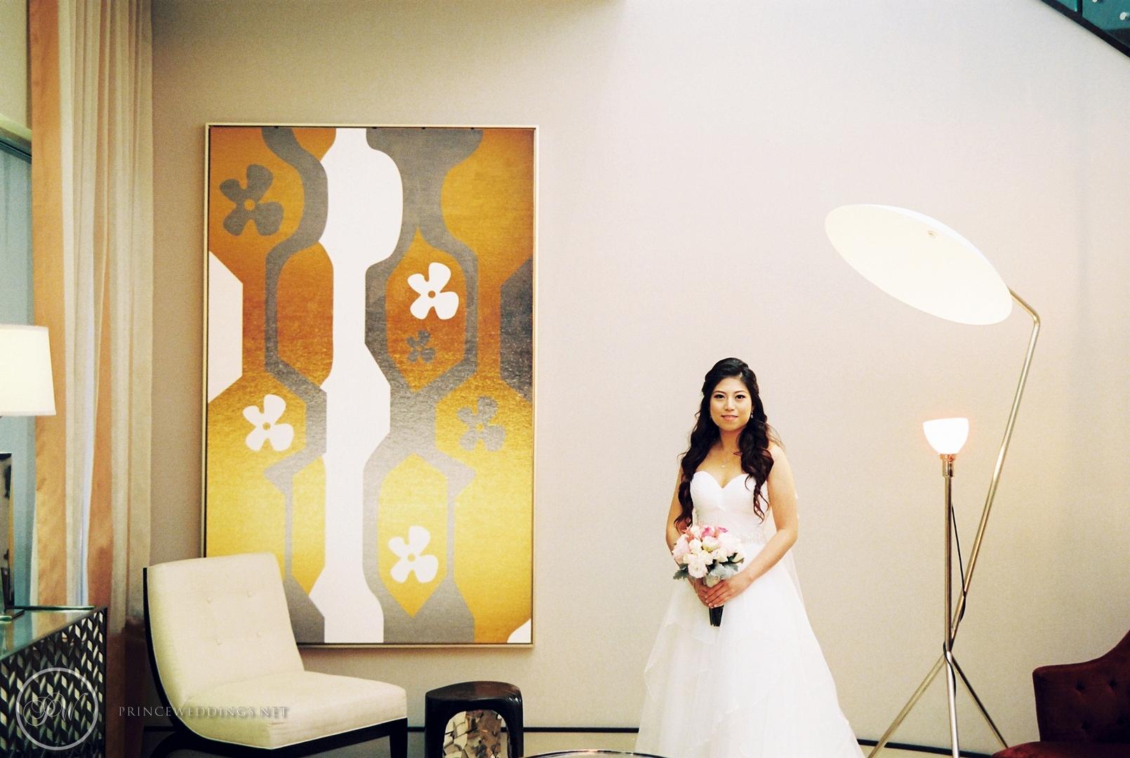 Castaway_Burbank_Wedding_Photo_Christian_Autumn022.jpg