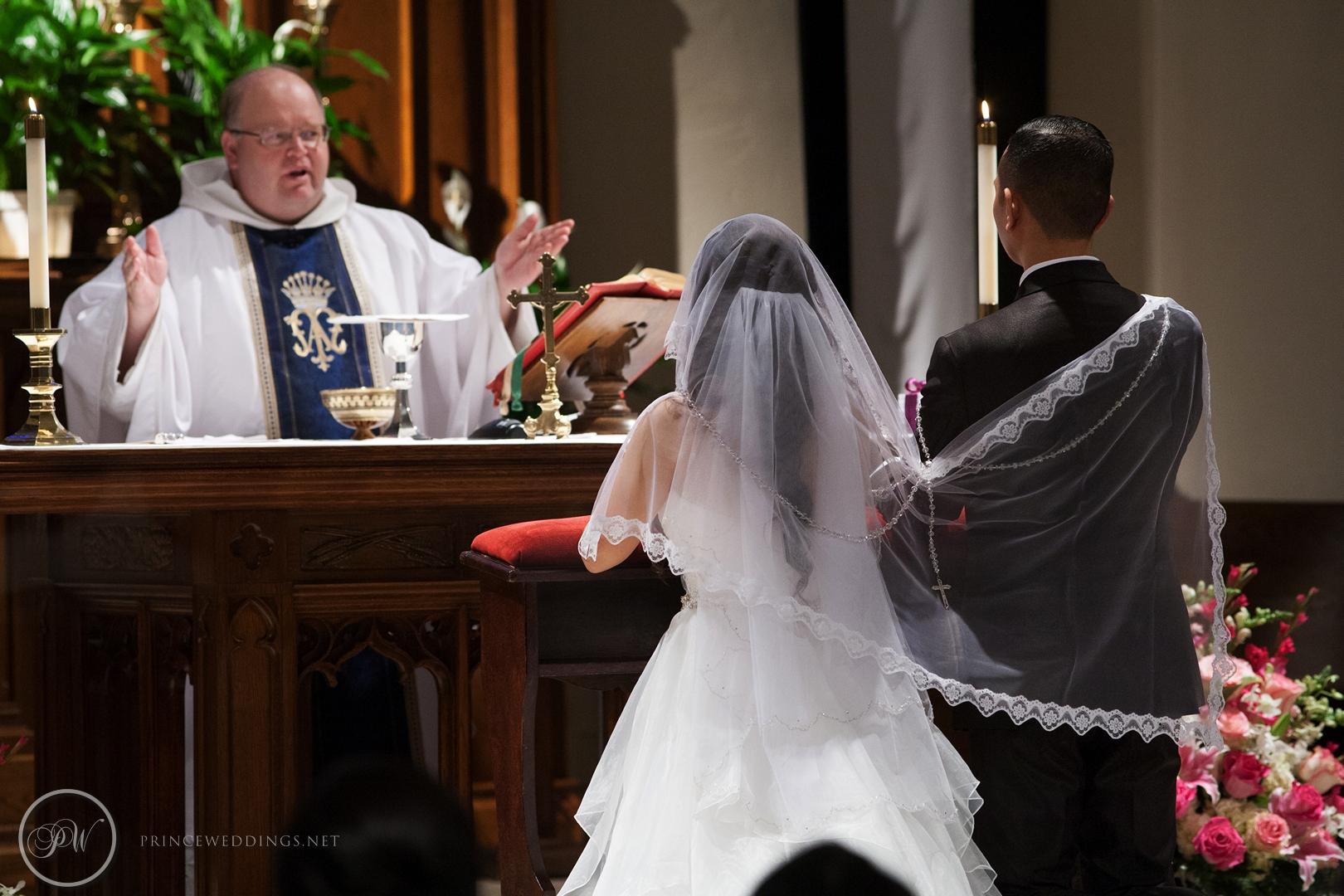 Castaway_Burbank_Wedding_Photo_Christian_Autumn034.jpg