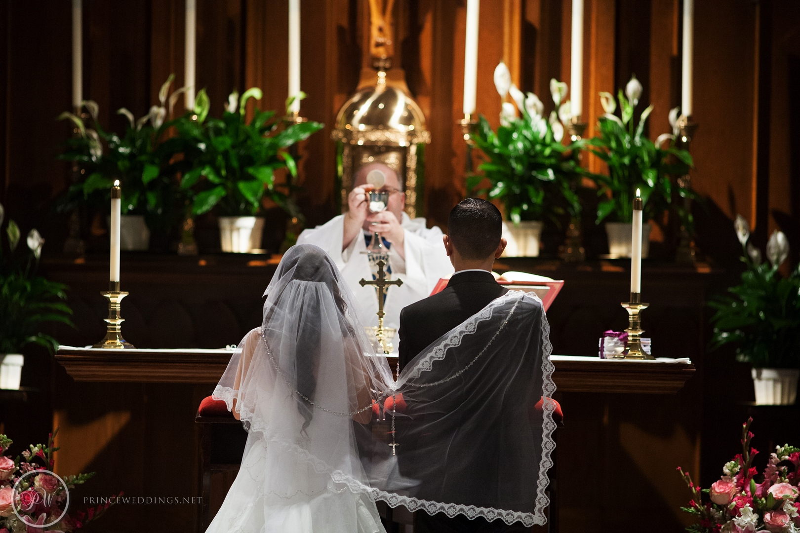 Castaway_Burbank_Wedding_Photo_Christian_Autumn038.jpg