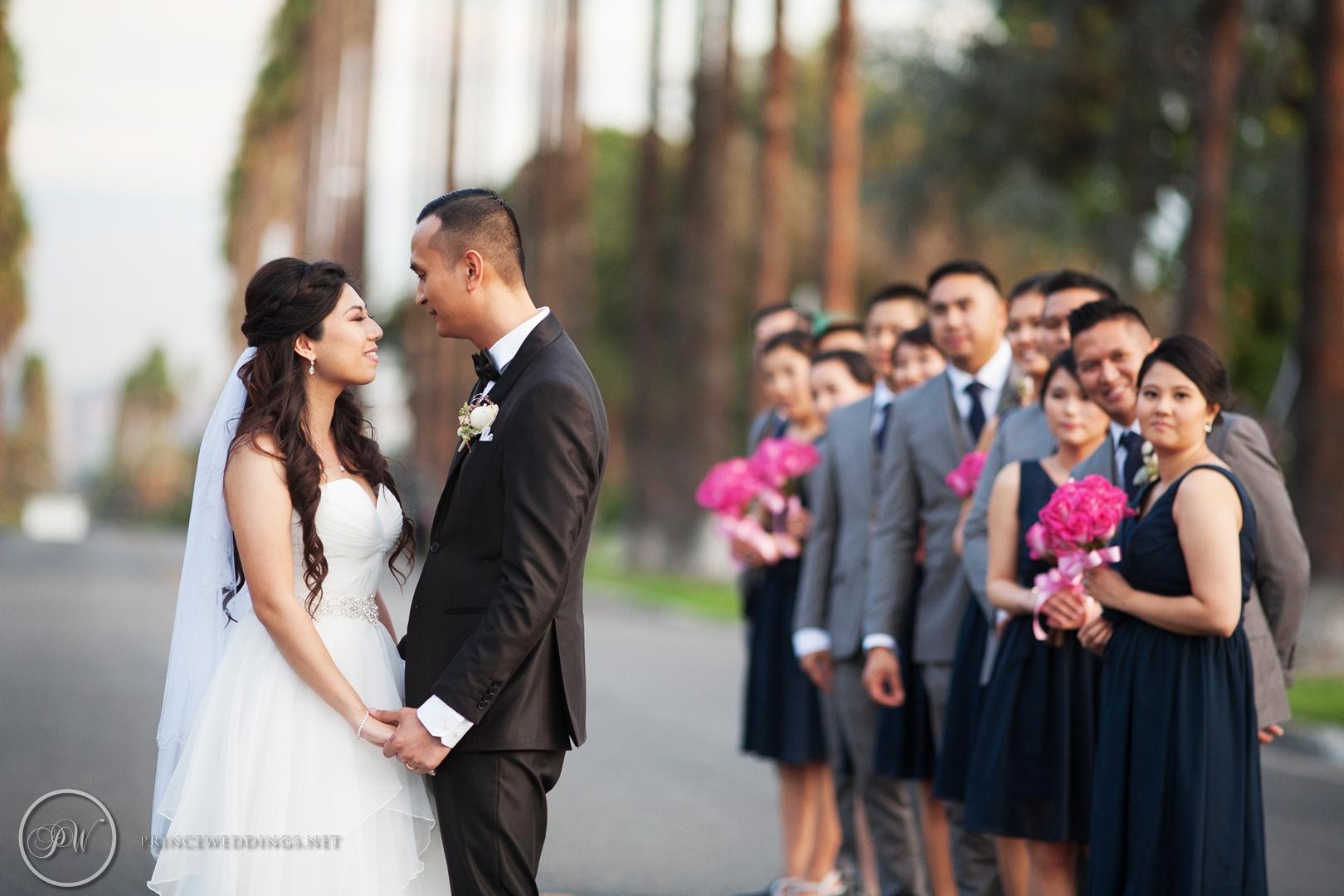 Castaway_Burbank_Wedding_Photo_Christian_Autumn056.jpg