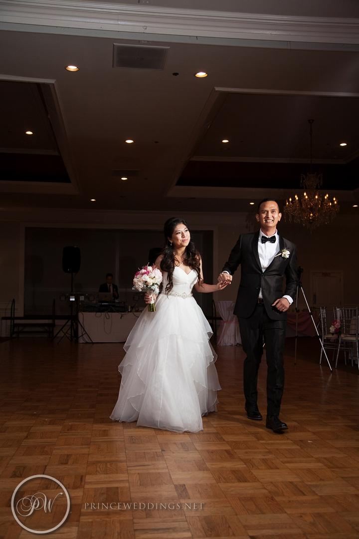 Castaway_Burbank_Wedding_Photo_Christian_Autumn073.jpg