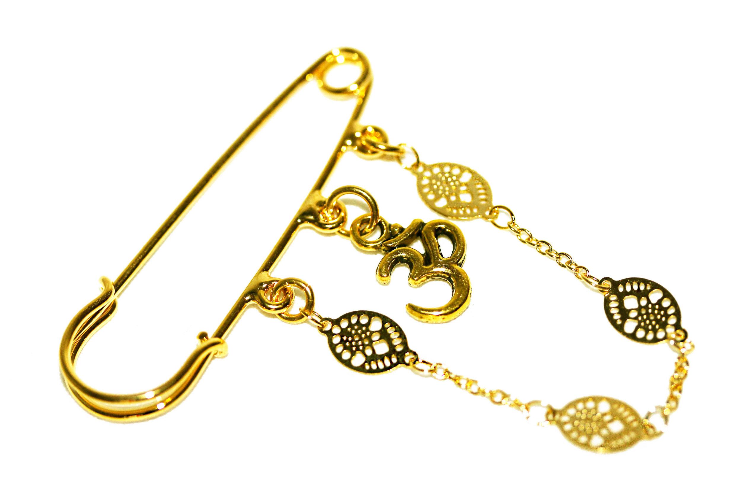 GOLD OHM PIN