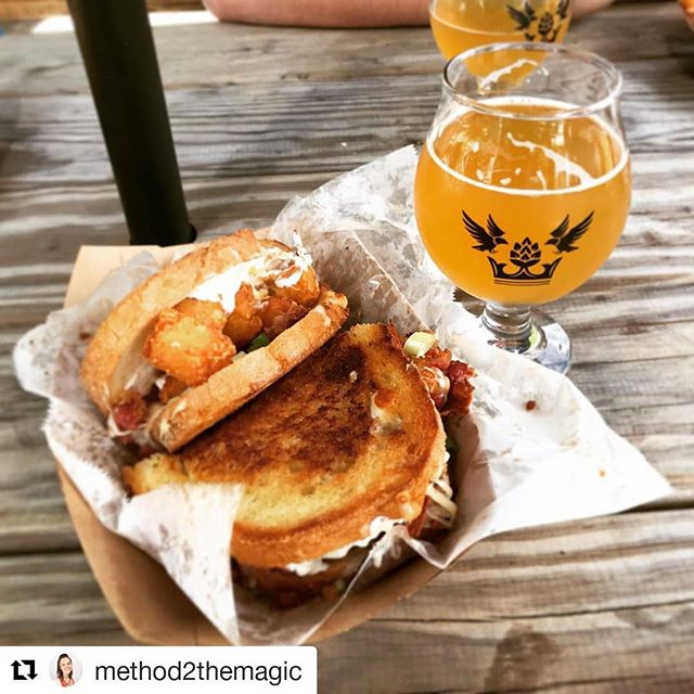 #Repost @method2themagic (@get_repost) ・・・ Great combination after a day of tubing down the Farmington River— grilled cheese with loaded tater tots in it and an IPA. #brewerylegitimus #brewery #craftbeer #connecticut #ctbrewery #ctbrew #grilledcheese #goldstandardwhey #loadedtatertots