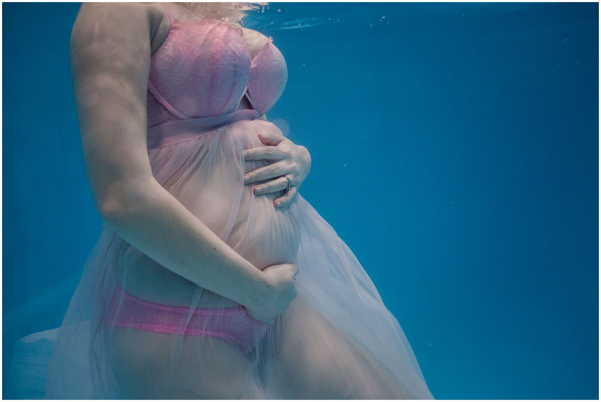Denver's underwater maternity photographer