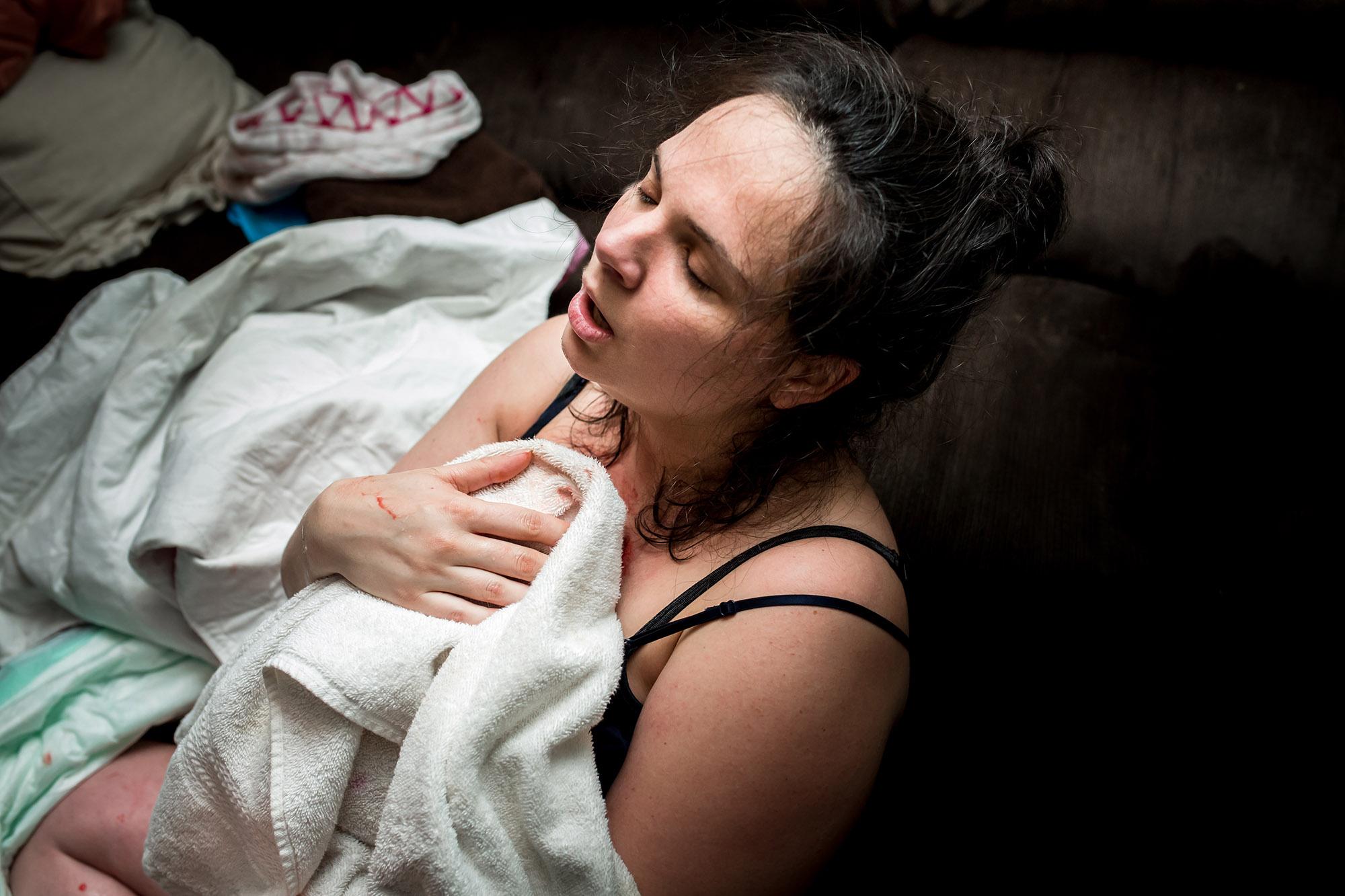 Detroit-birth-photographer-Jennifer-Mason-Photography