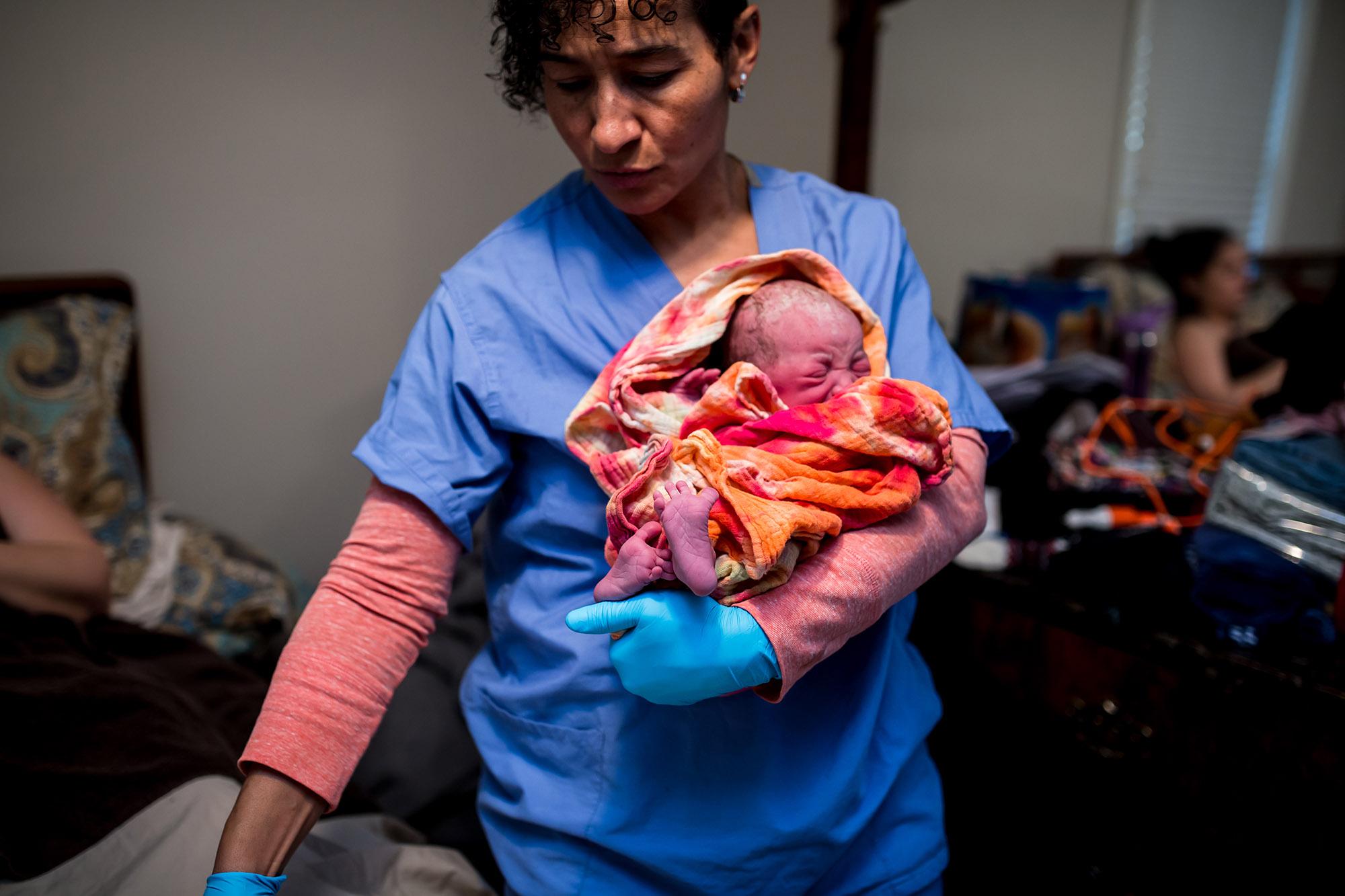 Detroit-birth-photographer-AnneMarie (168).jpg