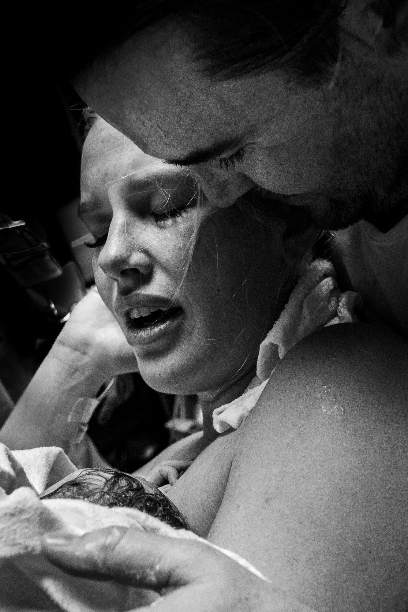 Beaumont-hospital-birth-photos-labor-photos