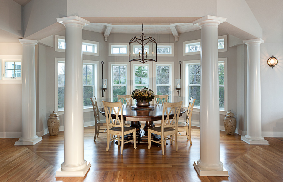 traditional-dining-room (1).jpg