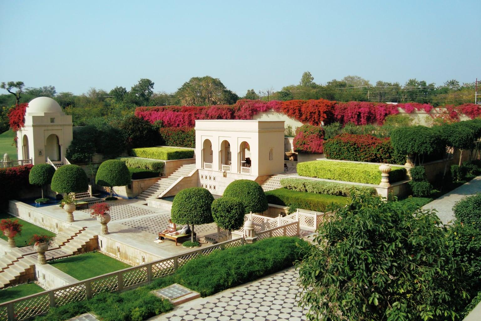 The Oberoi Amarvilas, Agra, Indi.jpg