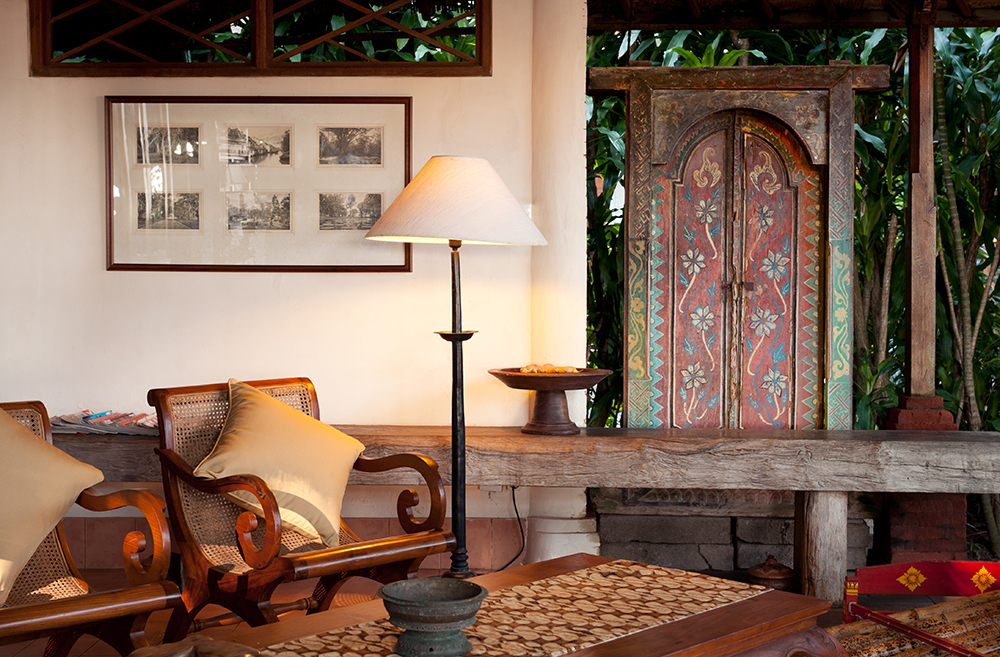 Traditional Balinese décor in a Tandjung Sari bungalow