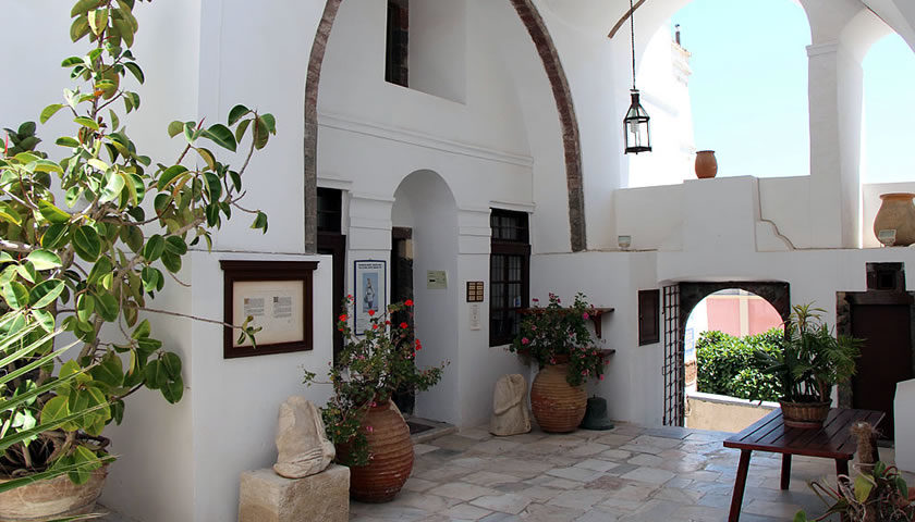 The Gyzi Manor in Thira, Santorini