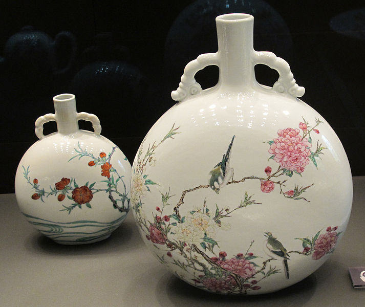 Moon Flasks Famille Rose, Qing dynasty, Sir Percival David Collection at the British Museum