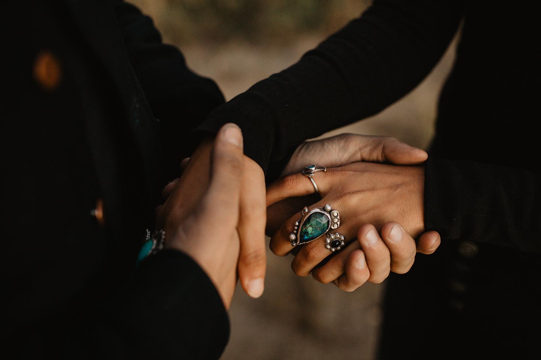 holding-hands-boho-couple-shoot