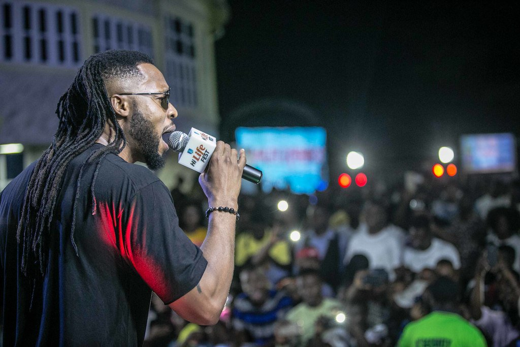 Flavour Live in Enugu free concert.