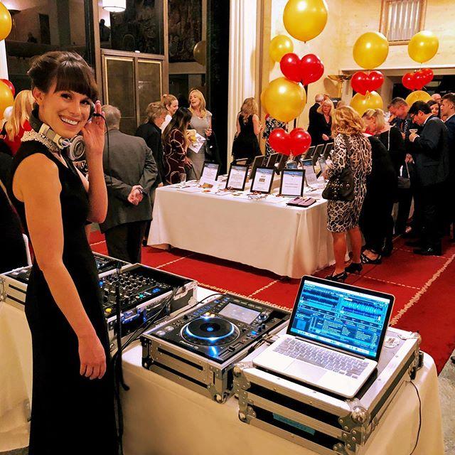 Fabulous evening for an important cause at Soirée Salus, with lots of Brazilian sounds from 1960s Paris. 🥰 🇫🇷 🎶 . . . . . . #canadiandj #music #ottmusic #ottarts #djemilyjones #femaledj #sixtiesfrance #canadianmusic #djset #goodmusic #ottawanightlife #bossanova #deephouse #brazil #funk #soul #house #edm #electronicmusic #ottawaevents #drumnbass #instamusic #dj #womeninstem #613style #ottawa #ottawastyle #613 #yowcitystyle #yow