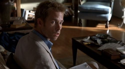 Leonard Shelby in  Memento , played by Guy Pearce.