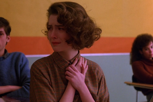 The moment Donna Hayward realizes her best friend is dead.