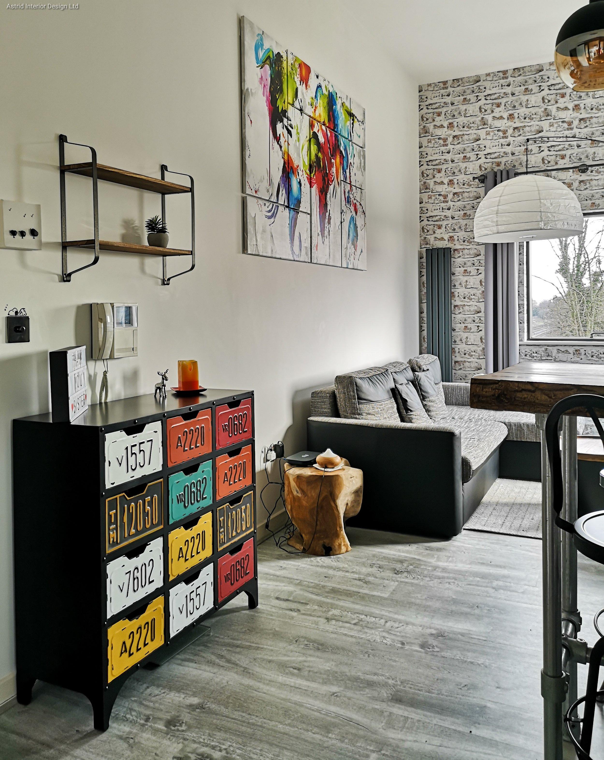 nw2 living room 2.jpg