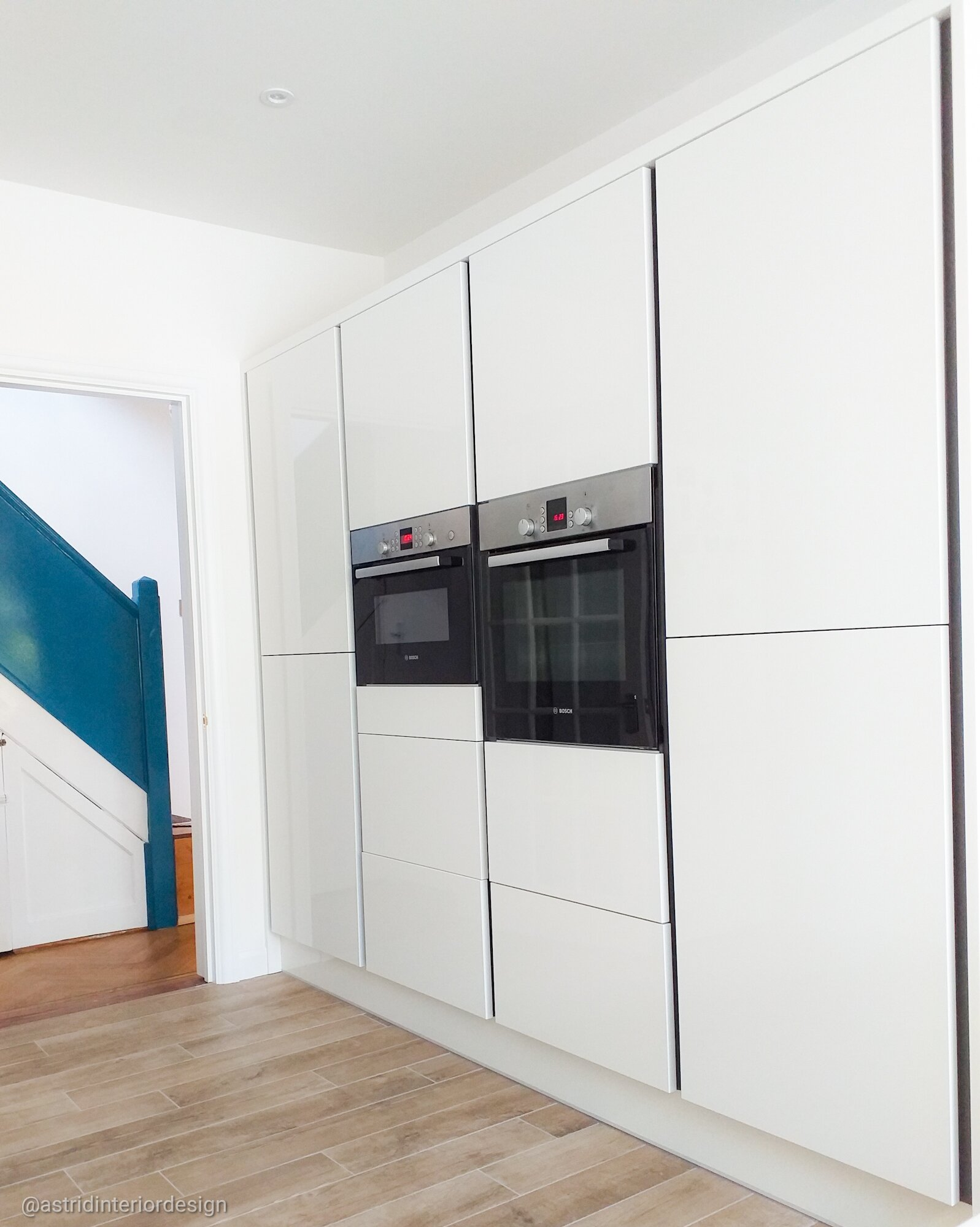 kitchen n14 oven cabinet only .jpg