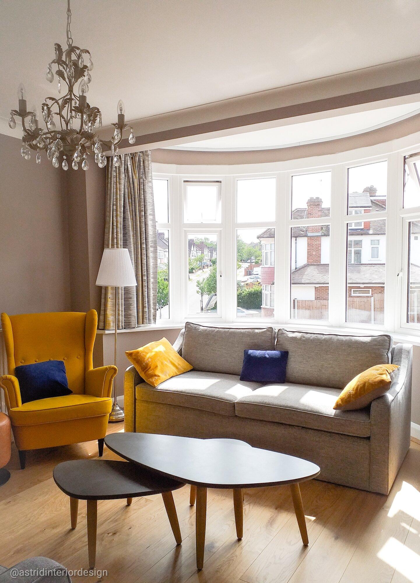 living room n14 bay window.jpg