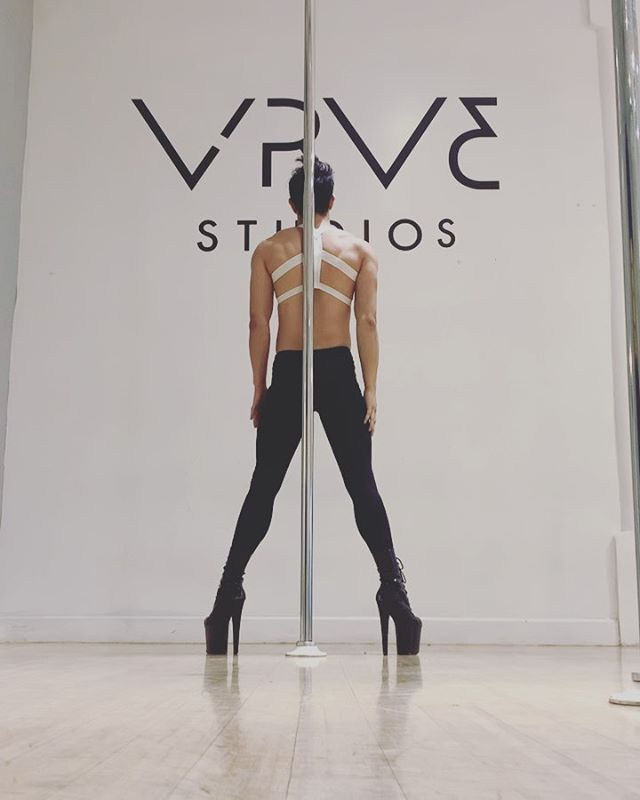 Aesthetic... sweaty forehead, tight bun and untied laces. Hope your all ready for class tomorrow. My exotic class is now at the new time of 1pm @vrv3studios Come have fun and dance!