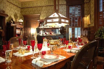 Curry-Mansion-Inn-3.jpg