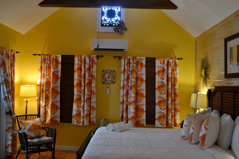la-te-da-goldfish-room.jpg
