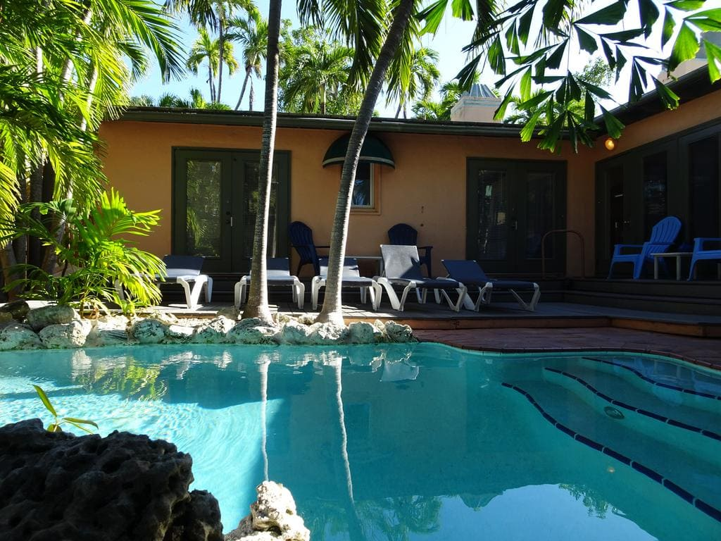 suite-dreams-key-west-pool.jpg